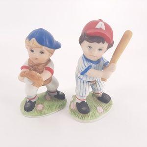 Homco 1468 Baseball Batter & Catcher Figurines